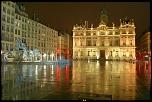 Place des Terreaux (Lyon)  10 décembre 2007  http://www.flickr.com/photos/sendell/2762773484/in/set-72157608242634293/