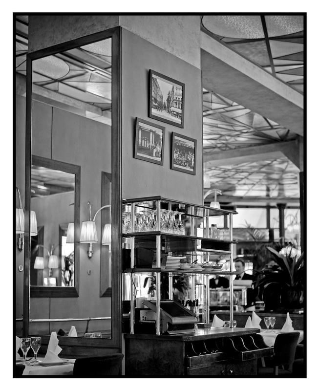 deco kitch des ann es 70. Black Bedroom Furniture Sets. Home Design Ideas