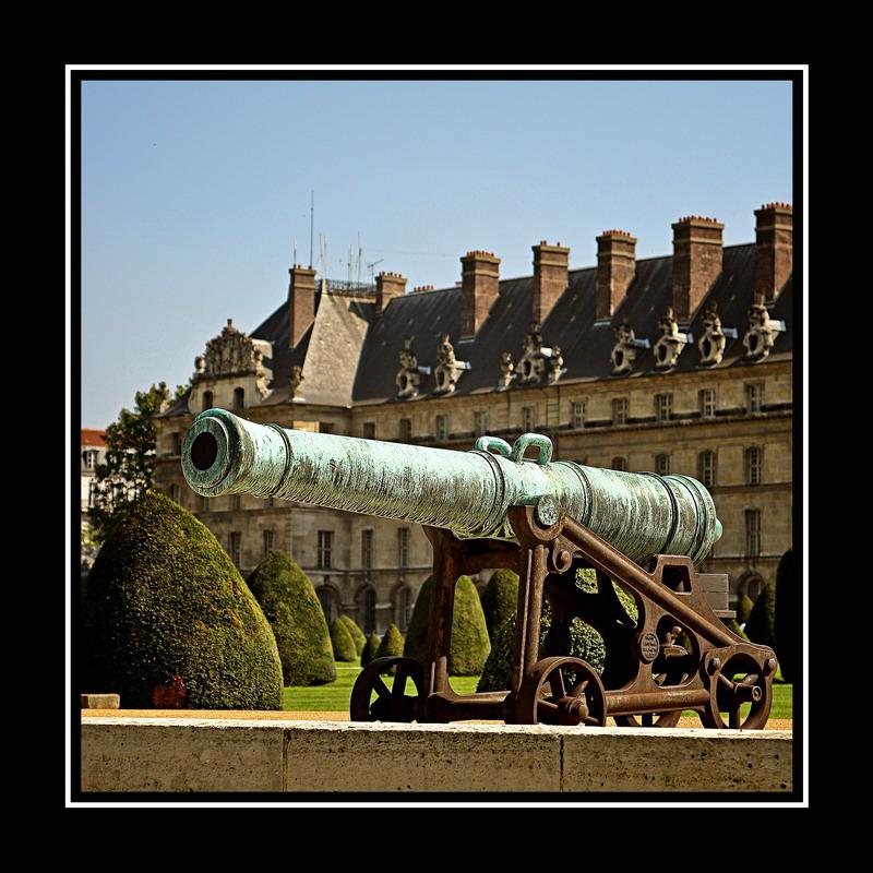 Les canons des Invalides 100100125