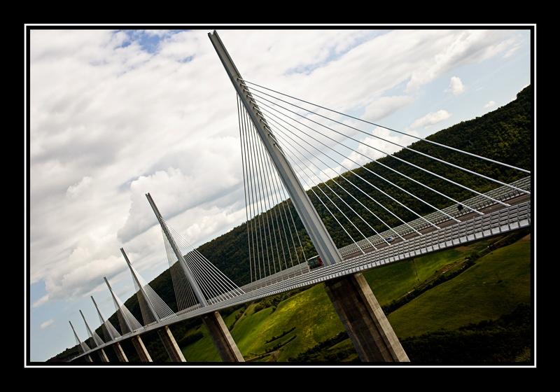 Viaduc de Millau 101456456
