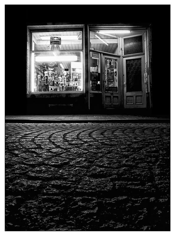 Night Shop 121272791