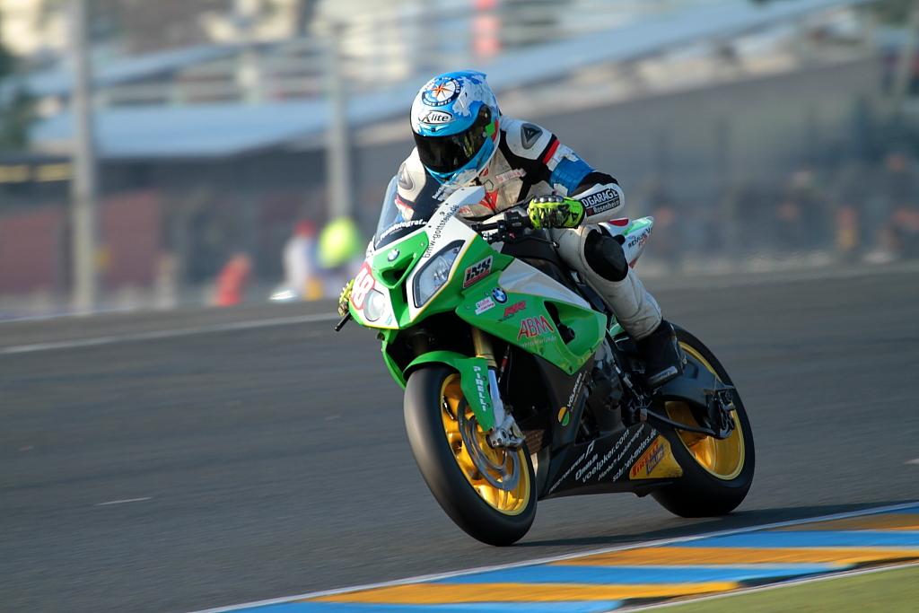 24h du mans moto 2011 for Garage moto courbevoie