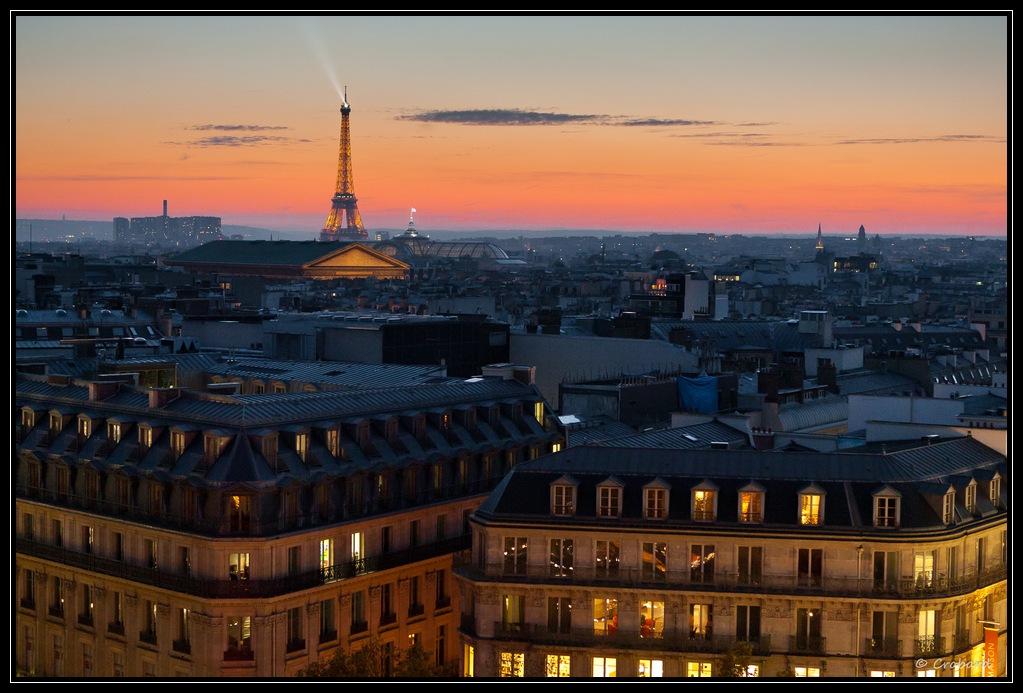 Le soleil se couche sur paris et la tour eiffel - Coucher de soleil sur paris ...